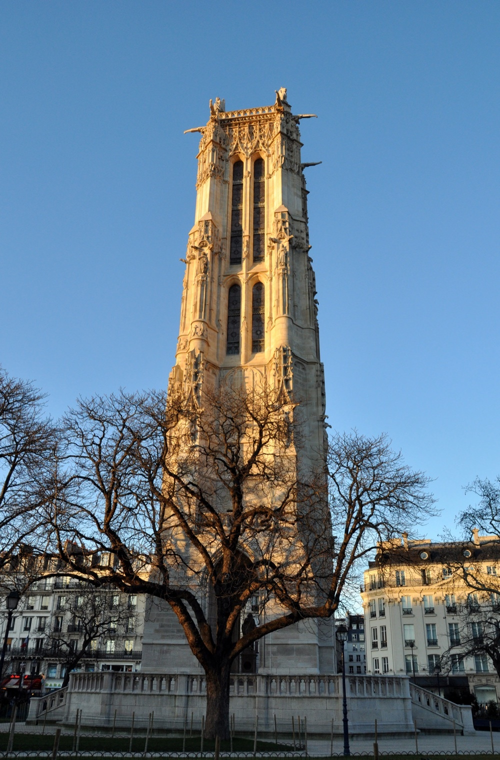 La Tour Saint-Jacques, dans le IVe arrondissement de Paris, Ile-de-France.