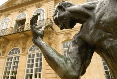 Embrace the romance at the Musée Rodin
