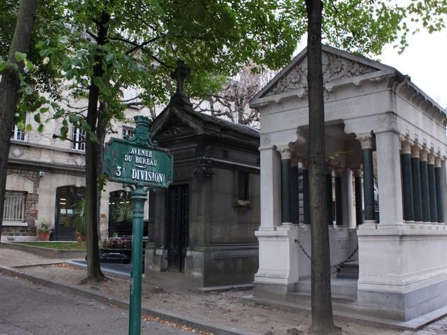 Meet the dead famous at Père-Lachaise