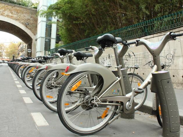 • Un tour en vélo avec Vélib'