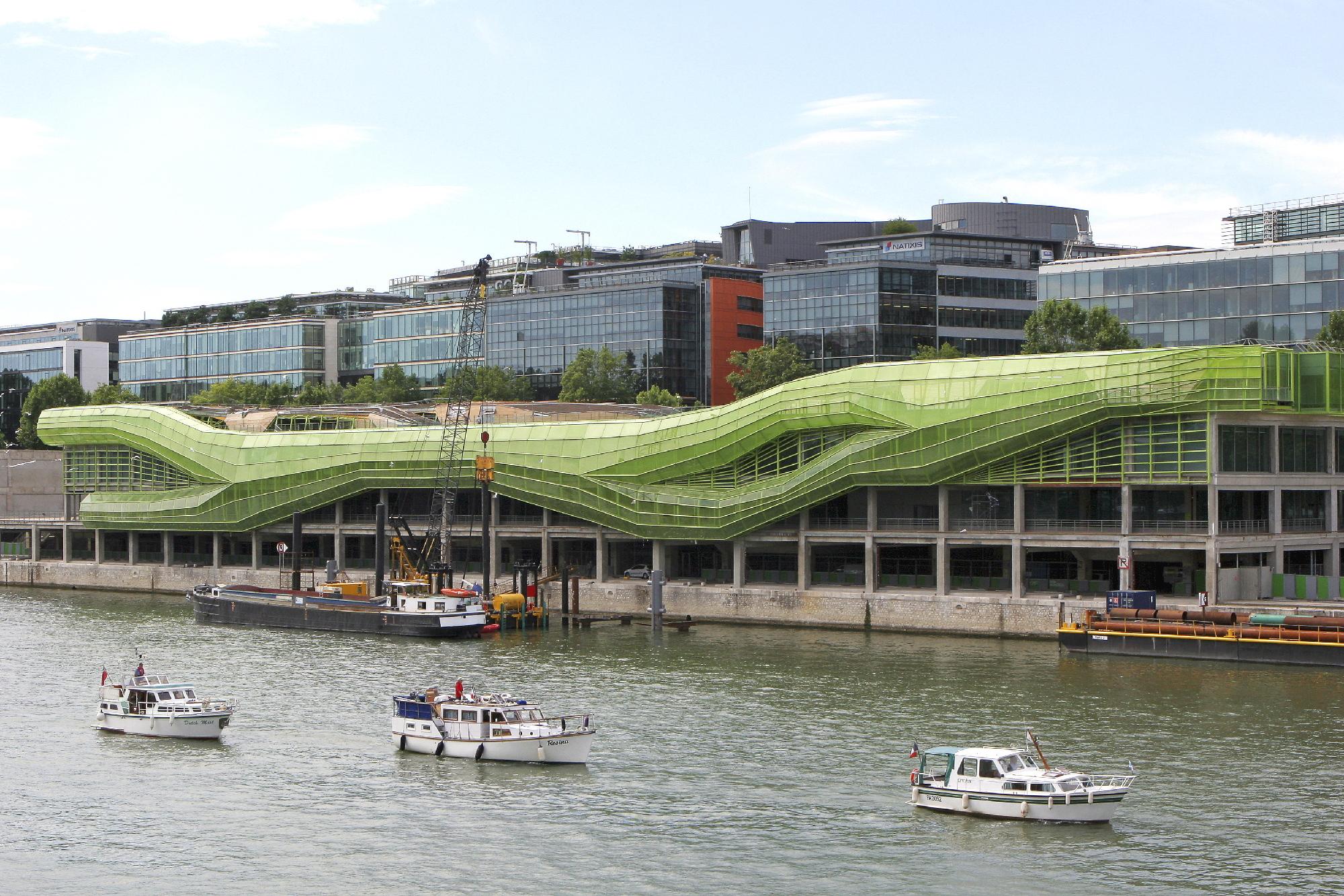 Docks en Seine : Petite chenille deviendra grande