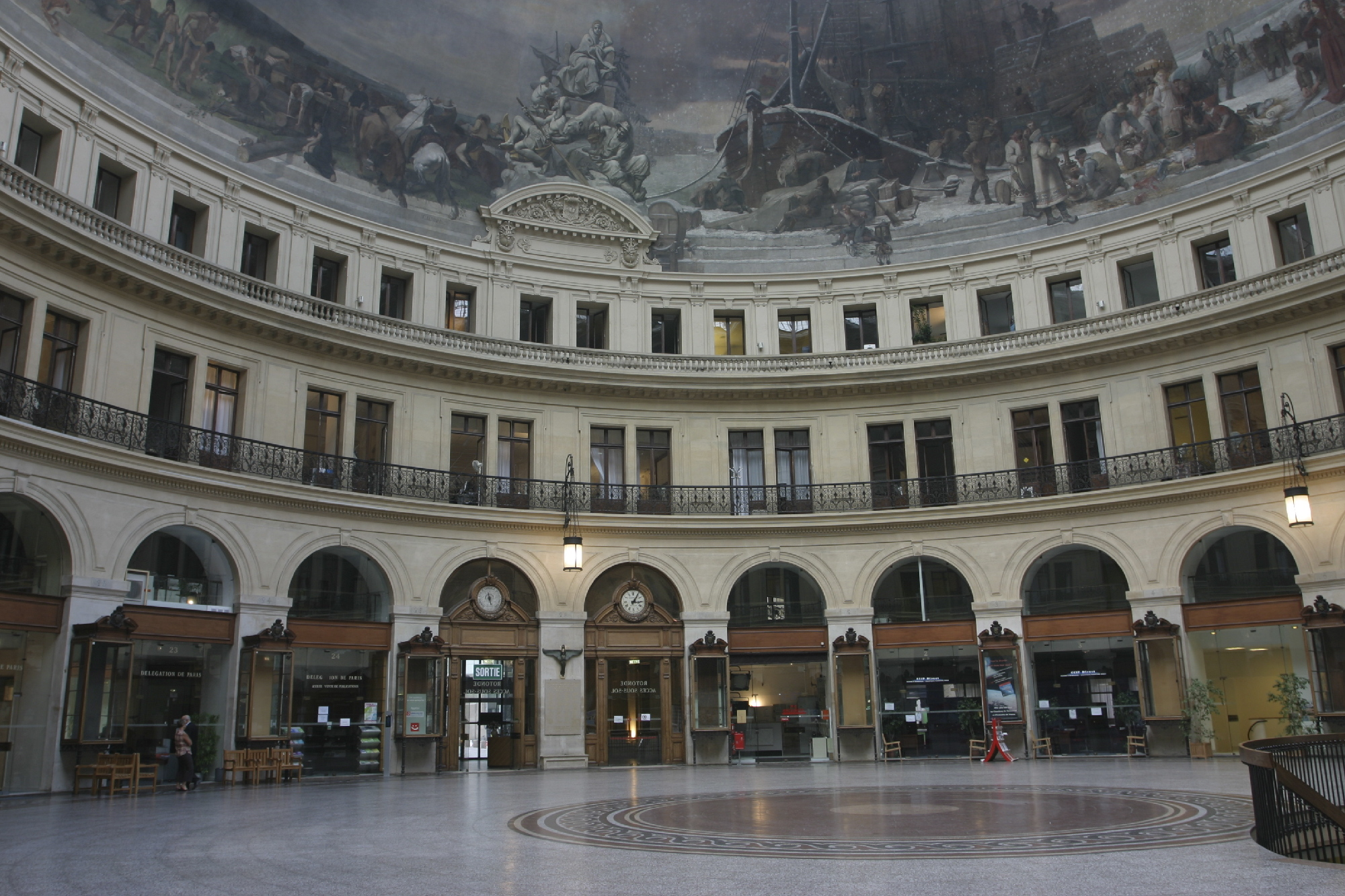 La Bourse Palais Brongniart In Bourse Paris