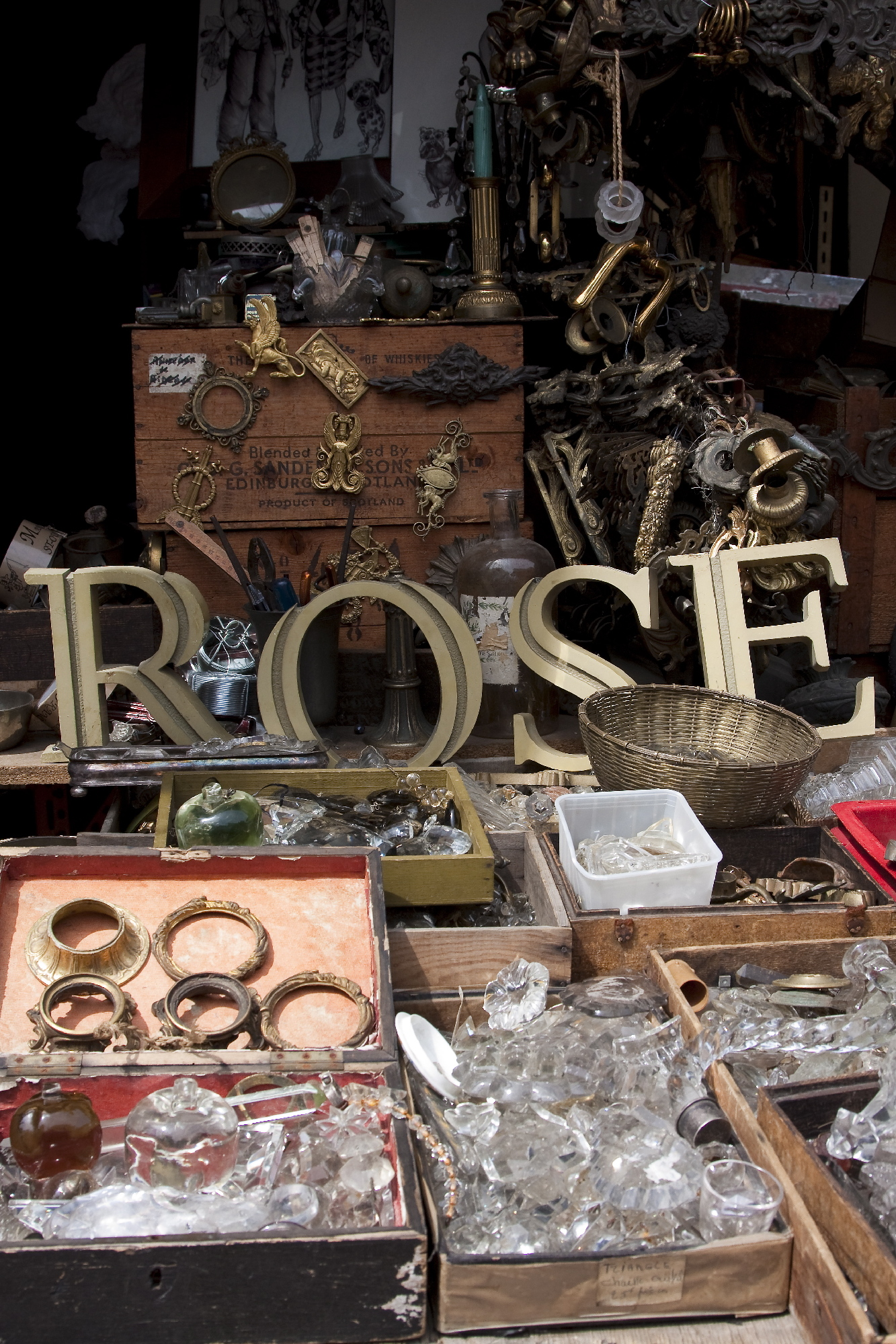 The best flea markets in Paris | Shopping | Time Out Paris