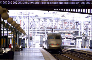 STOCK - View of a train pulling into a station, Paris, France, July 2001 (Keith Levit)