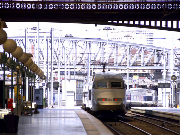 Rail travel to and from Paris