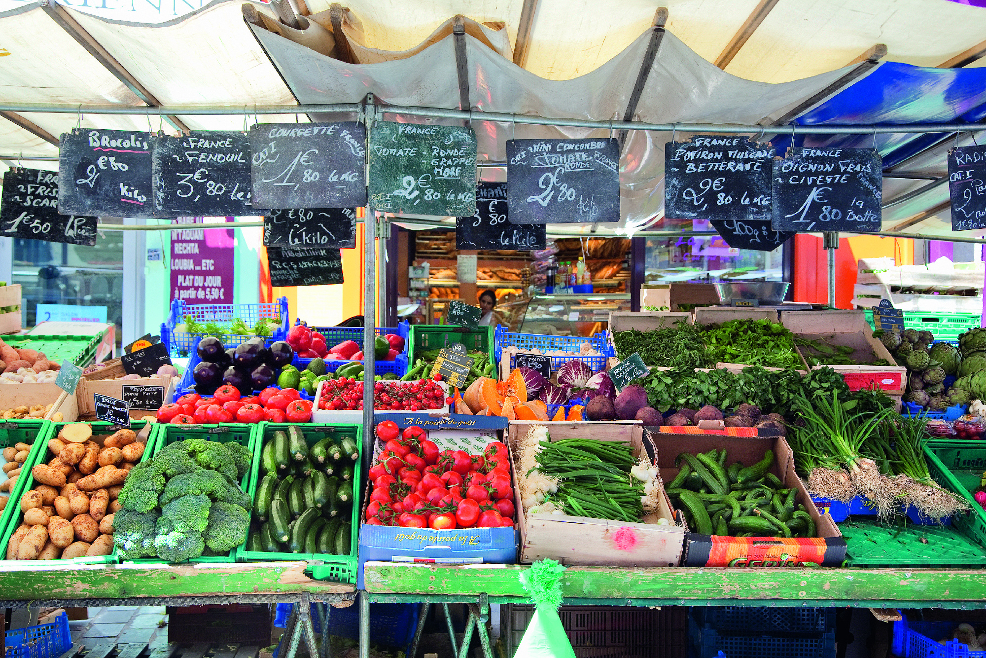 17 atmospheric markets in Paris
