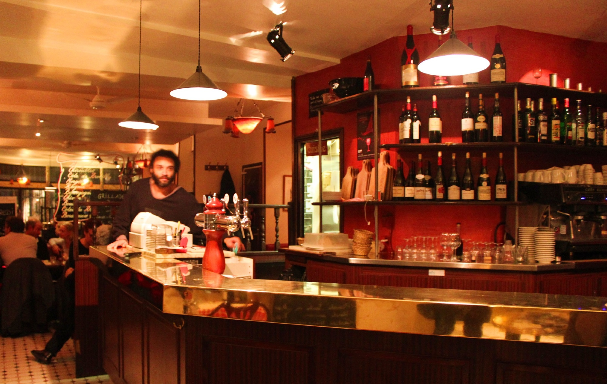 Restaurants in the marais paris best restaurants in for Bar exterieur paris