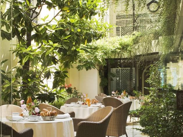 Hotel Des Saints Peres