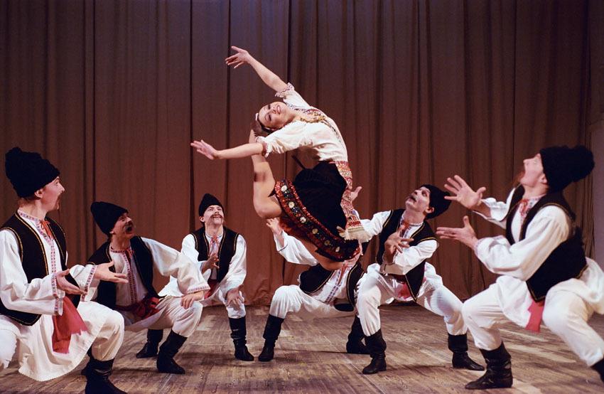 Danse • Ballet Igor Moïsseïev