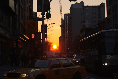 Praise the sun god during Manhattanhenge