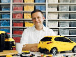 Number of LEGO bricks Kenney currently has in his studio.