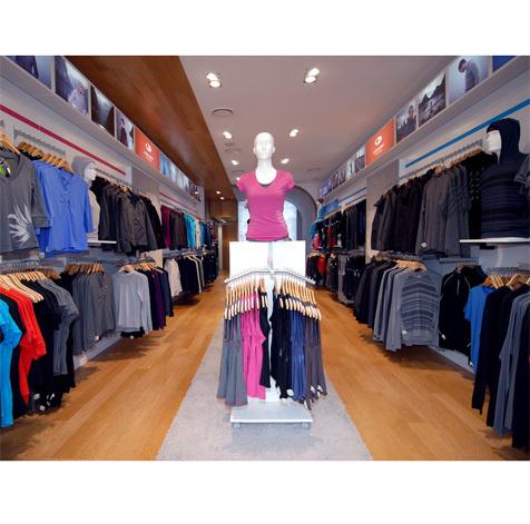 356ca5fd860 Icebreaker TouchLab | Shopping in Soho, New York