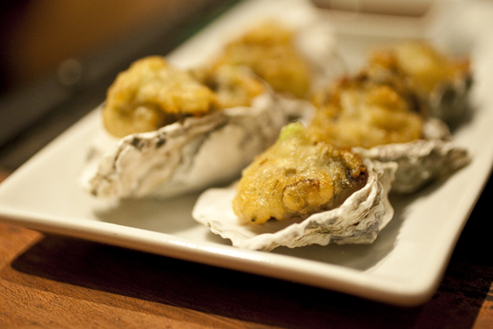 crispy kumamoto oysters paired with muscadet