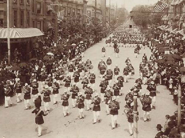 Photo of the day: Memorial Day Parade in 1895