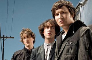Music_TheWombats_press2011.jpg