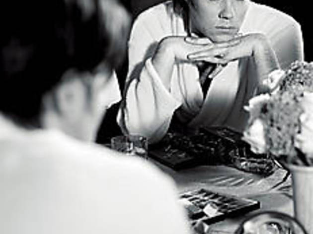 Rufus Wainwright in mirror