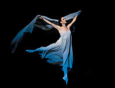 Legendary New York City Ballet ballerina Kyra Nichols bids farewell (2007)