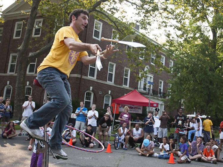 Juggle in Bryant Park