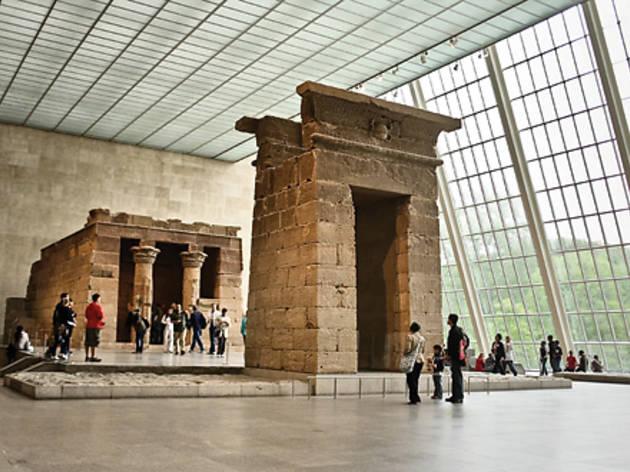 Empty the Met