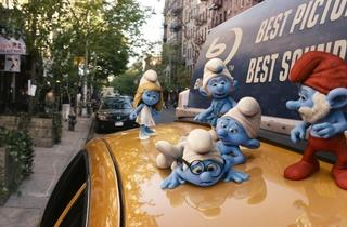 Smurfette, Gutsy, Clumsy, Brainy and Papa Smurf in The Smurfs