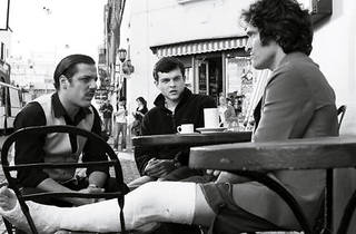 THREE MEN AND A LITTLE LATTE Gallo, right, holds court with, from left, Rodrigo De La Serna and Ehrenreich.