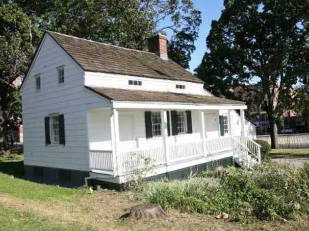 Edgar Allan Poe Cottage