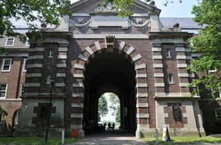Ligett Hall, Colonels Row (Photograph: Donald Yip)