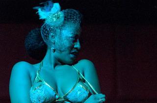 Brown Girls Burlesque: The Dirty Honey Shake