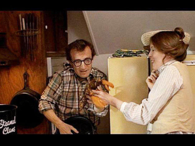 Annie Hall (1977): Boiling lobsters