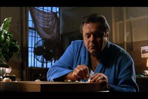 Goodfellas (1990): Dinner in prison