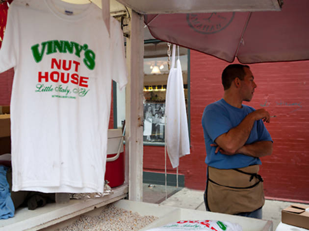 Stupendous Feast Of San Gennaro Little Italy Grand Things To Do In Download Free Architecture Designs Rallybritishbridgeorg