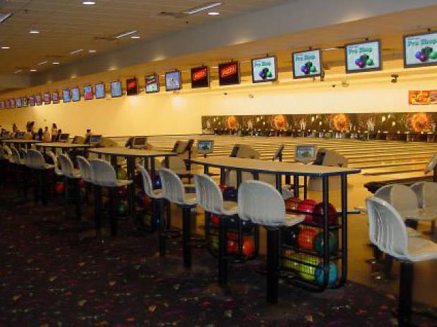 Showplace Entertainment Center