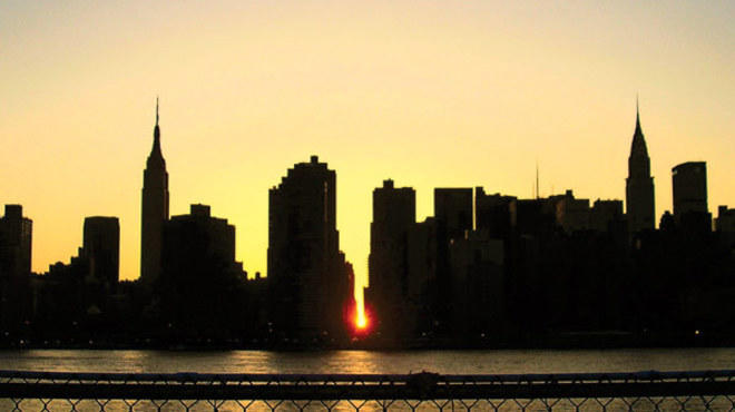 """Experience Manhattanhenge with Jackie Faherty"""