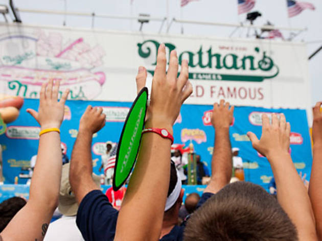 Photos: 2011 Nathan's Hot Dog Eating Contest