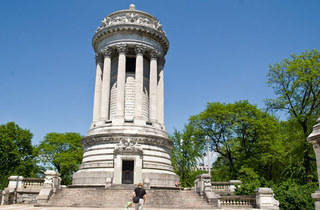 Riverside Park, Soldiers' and Sailors' Monument