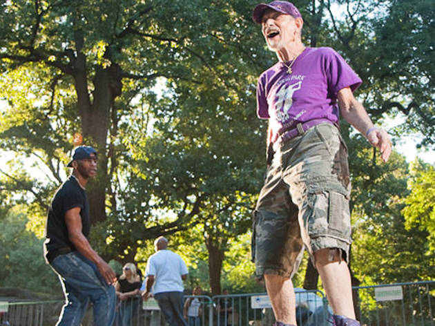 Roller-skate in Central Park