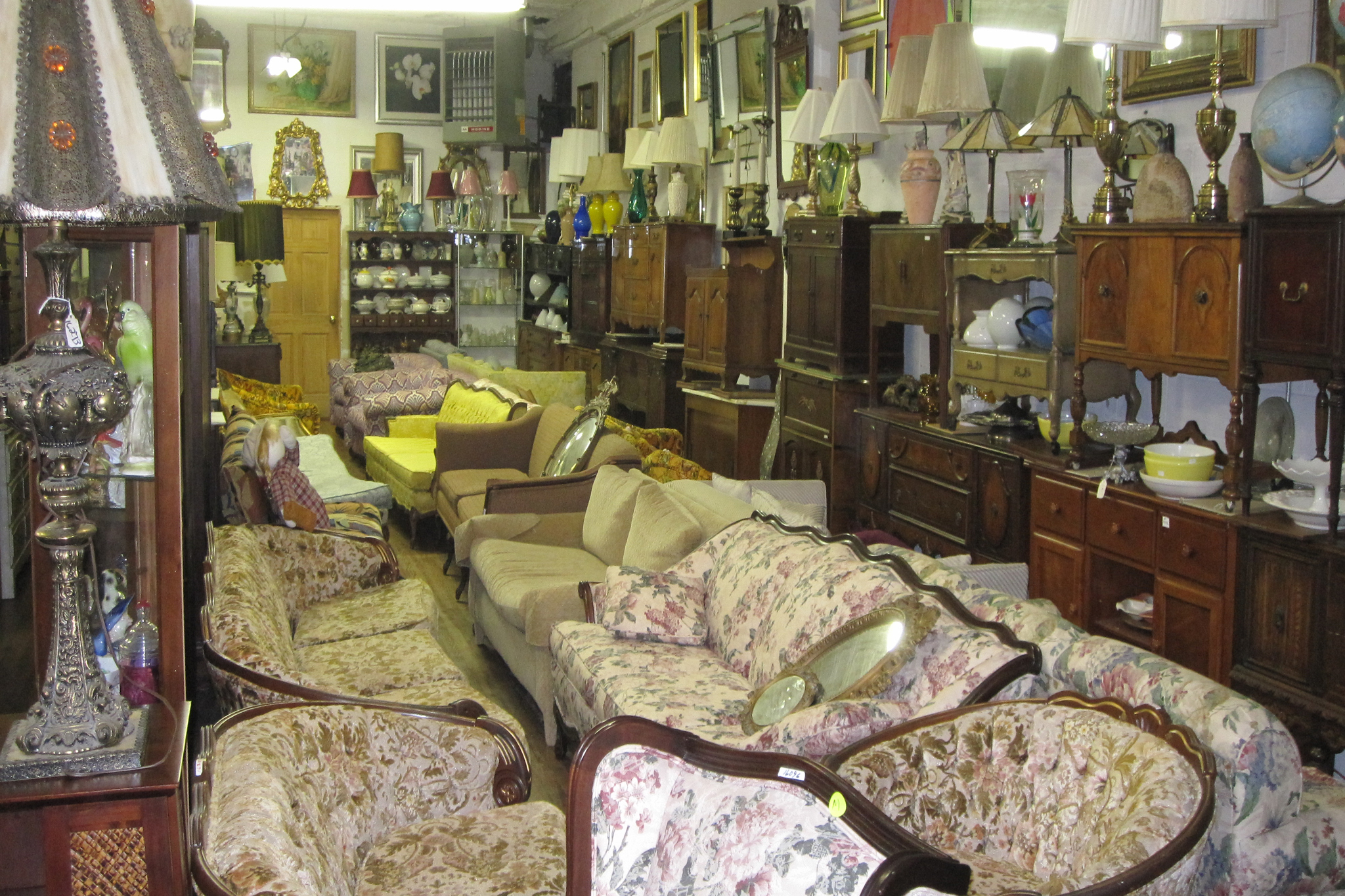 The Furniture Market