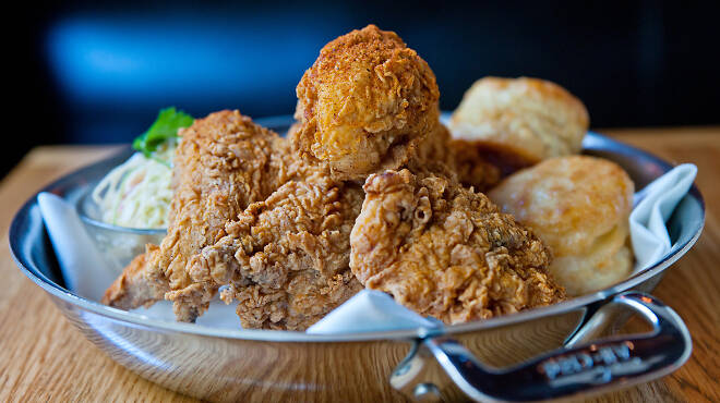 Fried chicken with biscuits at the Dutch