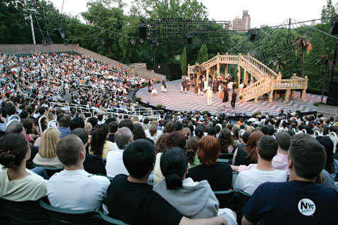 Watch theater alfresco at Shakespeare in the Park