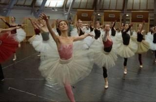 736.fi.x491.danse.jpg