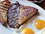 Skirt steak and eggs; Photograph: Lizz Kuehl