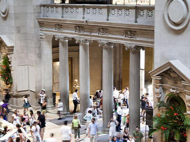 Have a drink and listen to live music at The Metropolitan Museum of Art