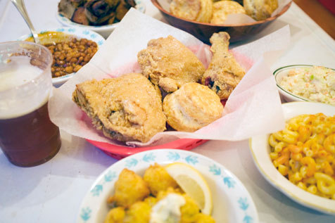 A fried-chicken feast at Pies 'n' Thighs
