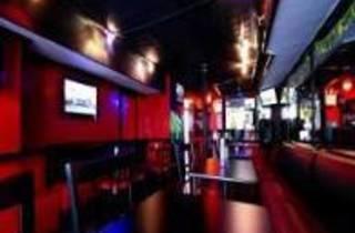1 Republik Restaurant & Lounge