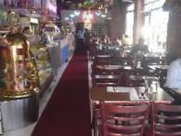 Cafe La Nueva Restaurant