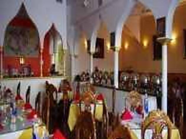 Taj Mahal Romance in Dining