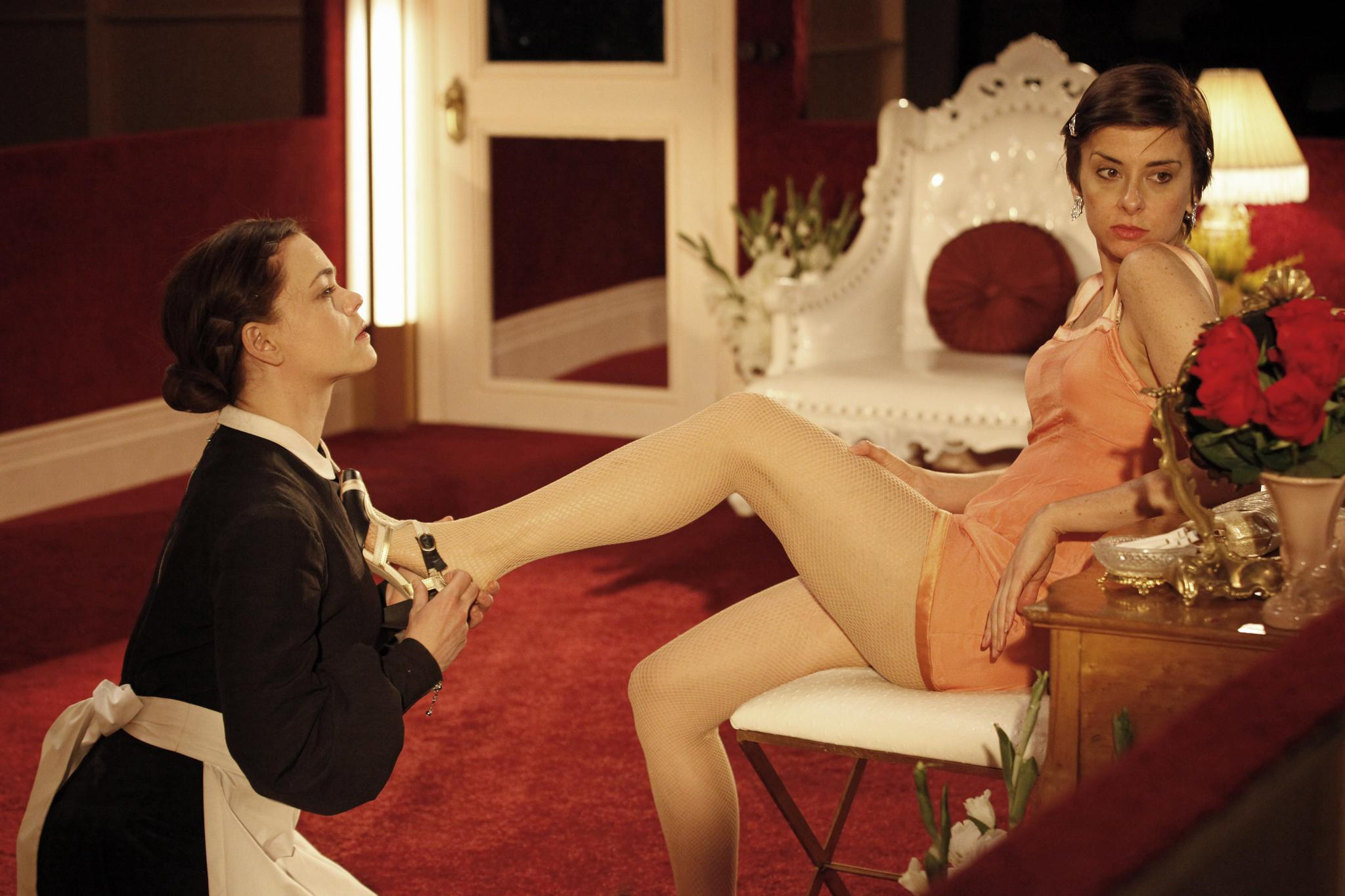Смотреть онлайн секс господин раба госпожа раб, Русская госпожа срет на раба -видео. Смотреть 18 фотография