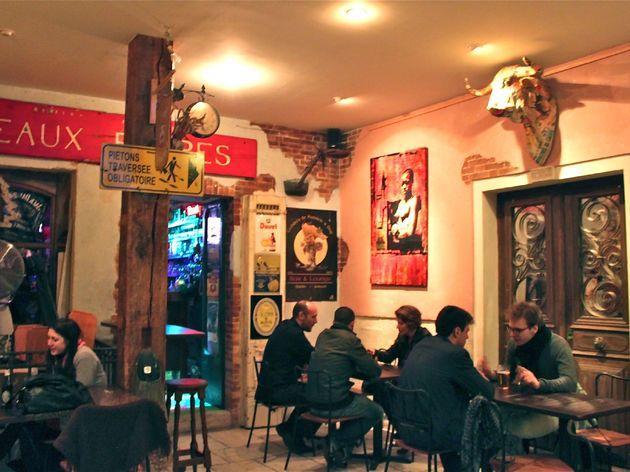 Troll Café