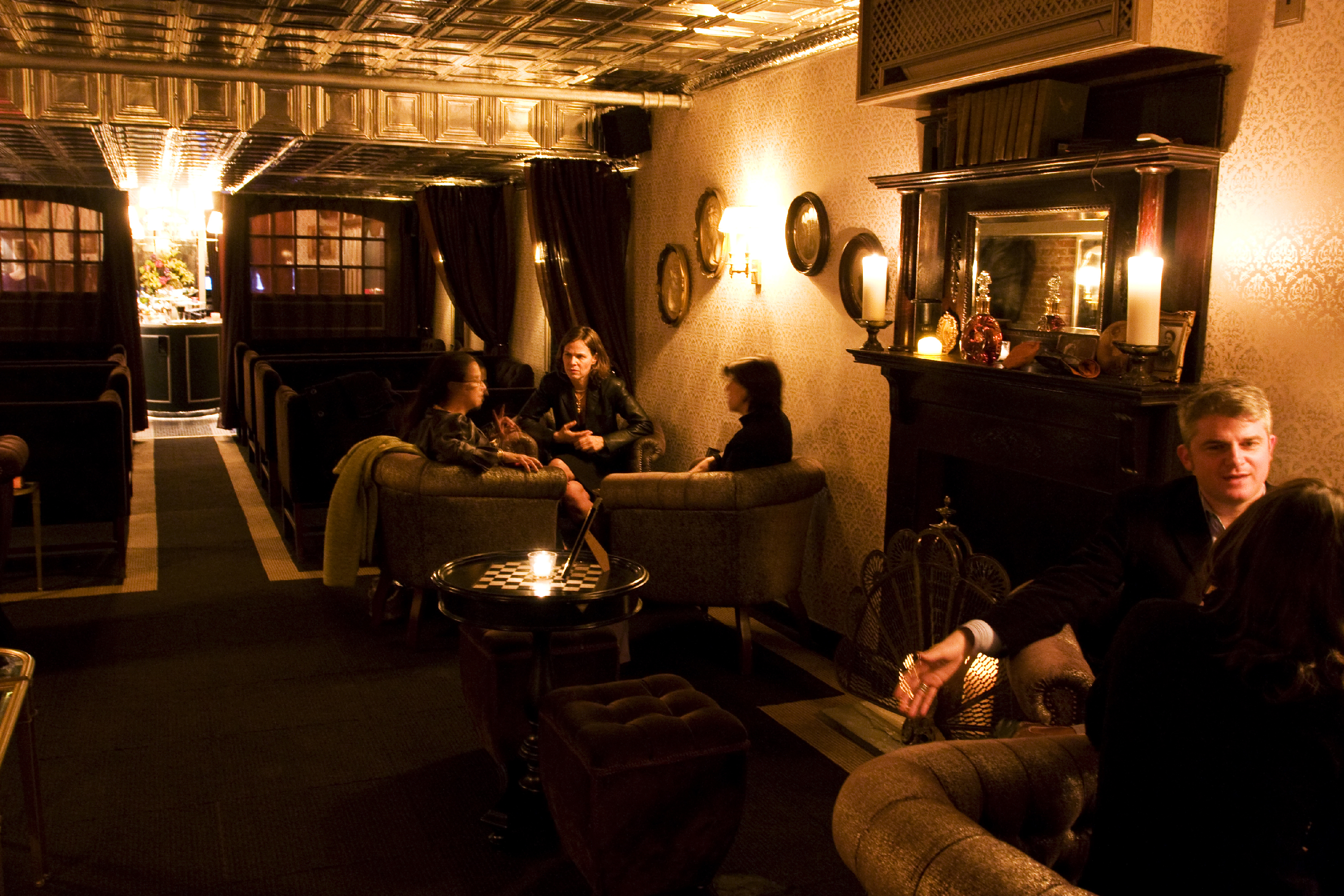 Most romantic bars in NYC, including lounges and speakeasies