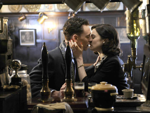 Tom Hiddleston and Rachel Weisz in The Deep Blue Sea